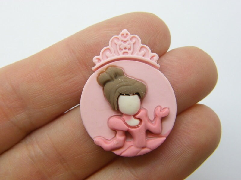 8 Princess embellishment cabochon pink resin P481