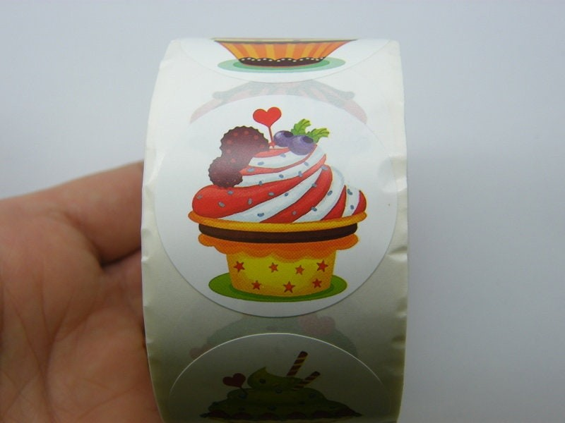 1 Roll 500 Cup cake stickers 005A