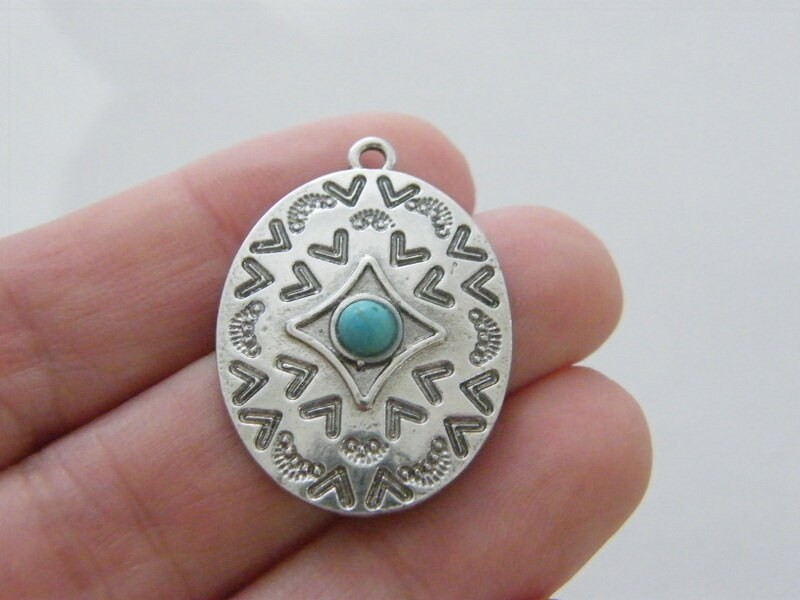 1 Oval blue pendant antique silver tone M13