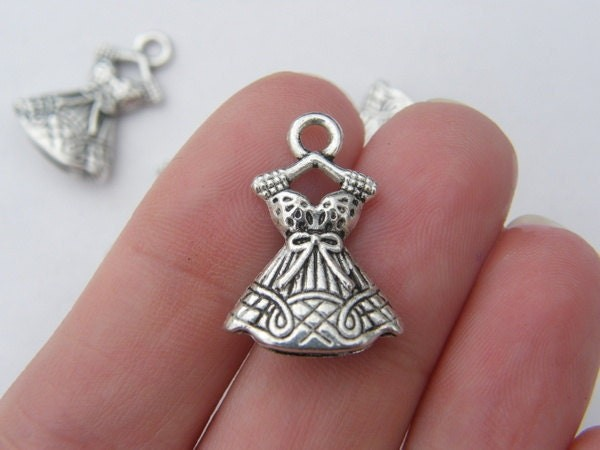 5 Dress charms tibetan silver CA155