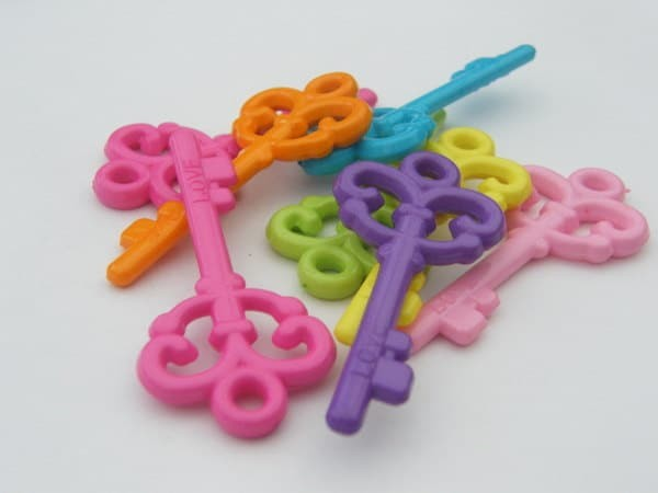 BULK 25 Mixed colours acrylic plastic key pendants  - SALE 50% OFF