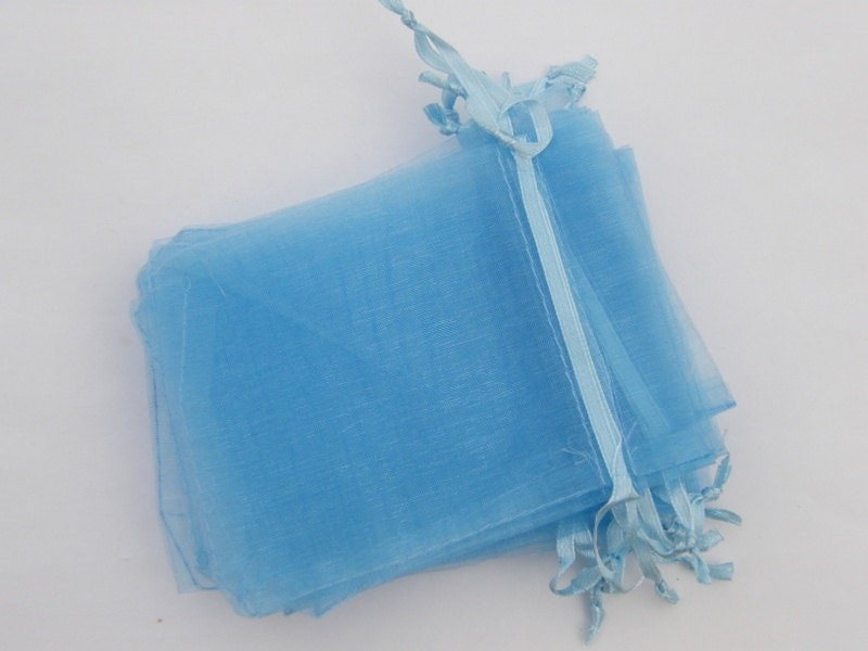 50 Organza bags 12 x 9cm light blue