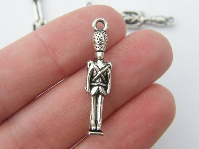 BULK 30 Royal guard soldier pendants antique silver tone WT39