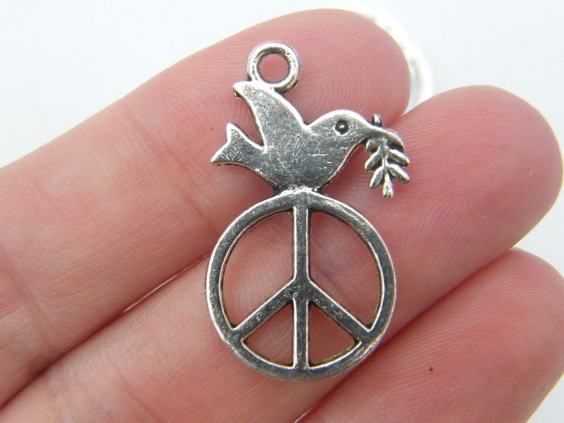 6 Peace dove pendants antique silver tone B99