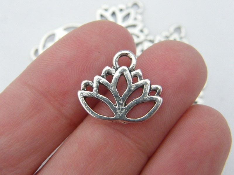 10 Lotus flower charms antique silver tone F12