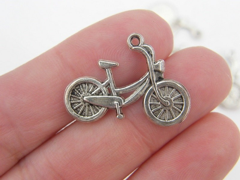 6 Bicycle charms antique silver tone TT2