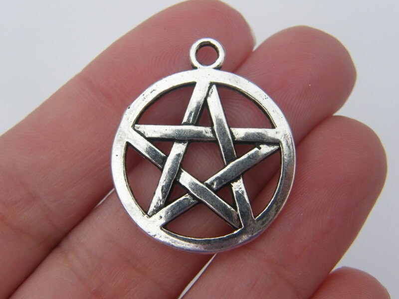 BULK 20  Pentagram charms antique silver tone HC82