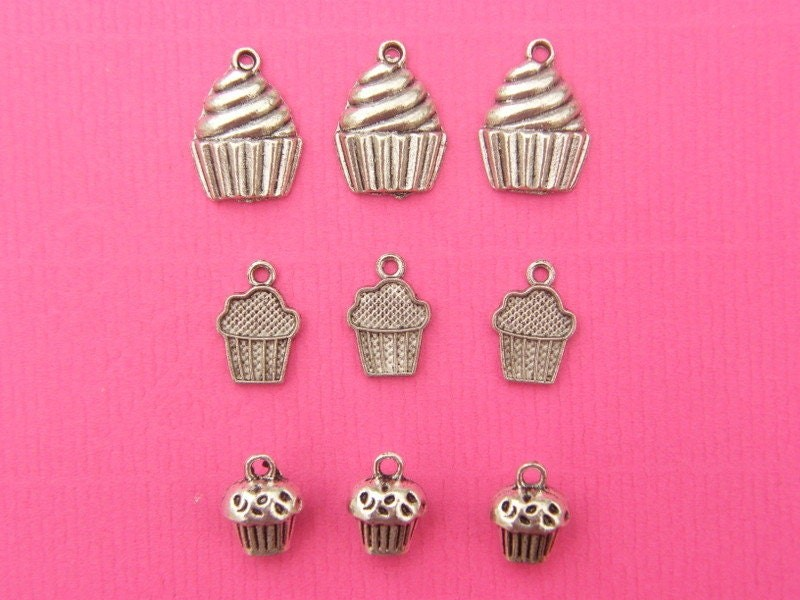 The Cupcakes Collection - 9 antique silver tone charms