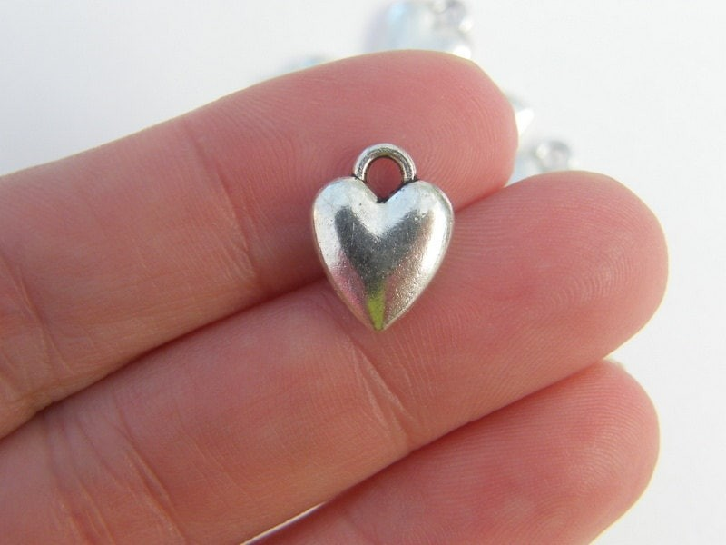 BULK 50 Heart charms antique silver tone H41