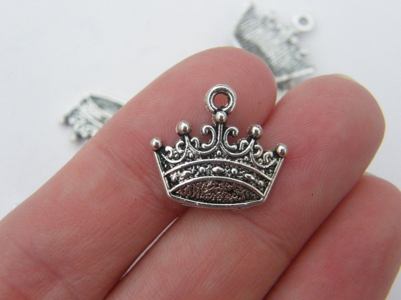 BULK 50 Crown charms antique silver tone CA11