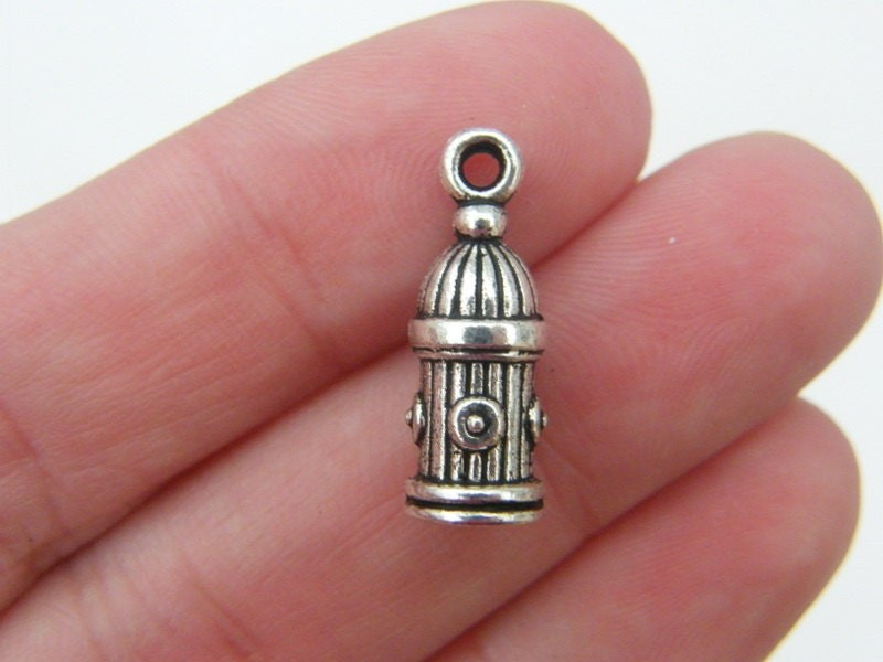 8 Fire hydrant charms antique silver tone P421