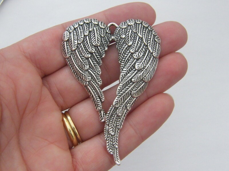 1 Angel wings pendant antique silver tone AW38