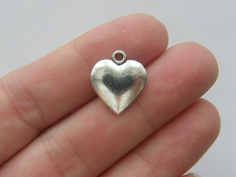 BULK 50 Heart charms antique silver tone H63