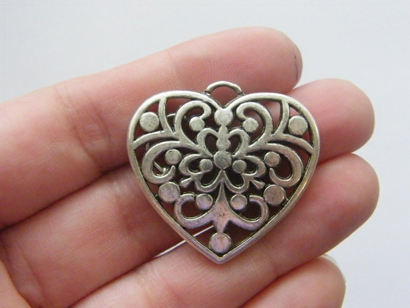 BULK 10 Heart pendants antique silver tone H66