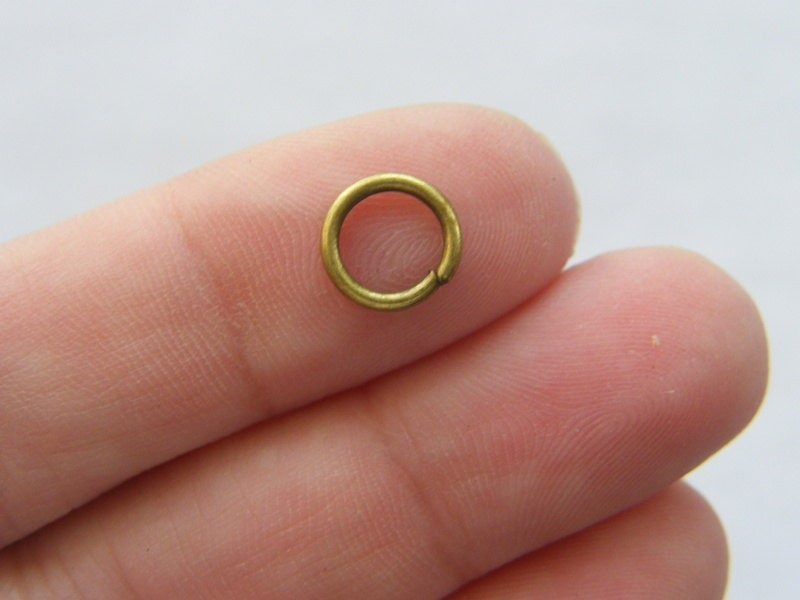 200 Jump rings 8mm bronze tone FS523