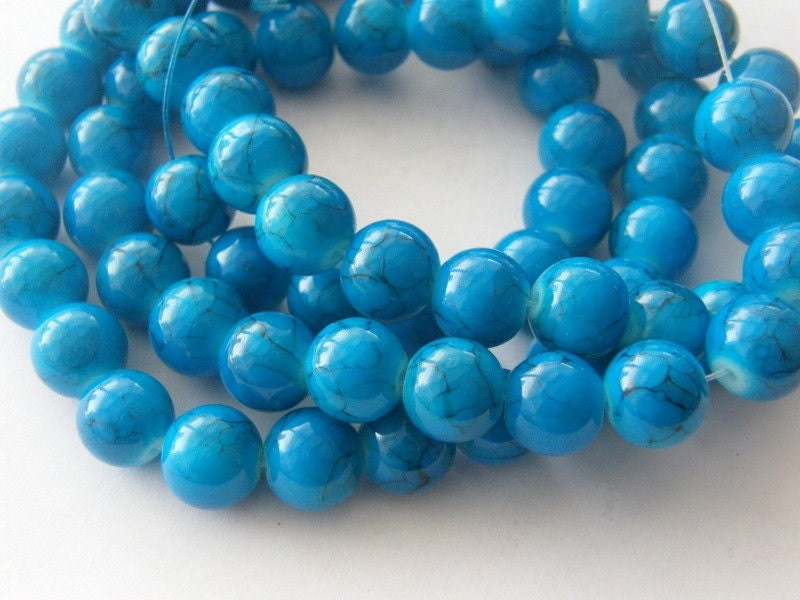 80 Blue glass 10mm beads B144