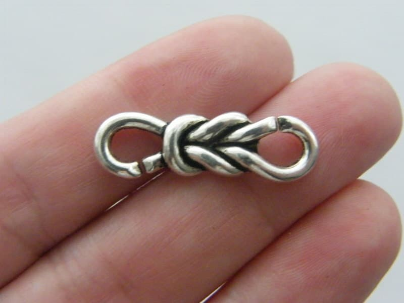 8 Knot connector link charms antique silver tone M527
