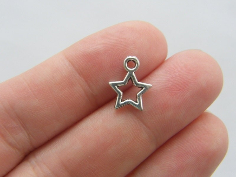 BULK 50 Star charms antique silver tone S222 - SALE 50% OFF