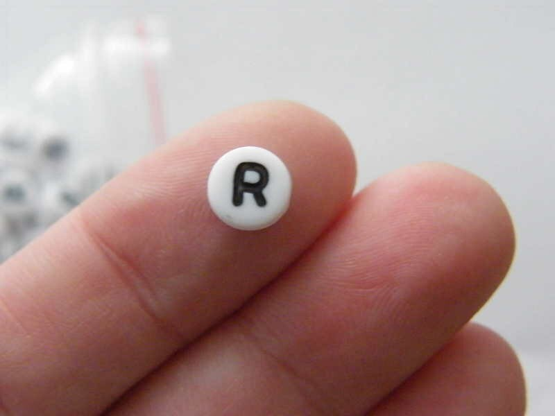 BULK 500 Letter R acrylic round alphabet beads white and black