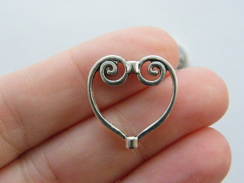 6 Heart spacer beads antique silver tone H197