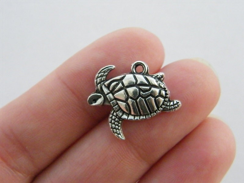 BULK 50 Turtle charms antique silver tone FF126