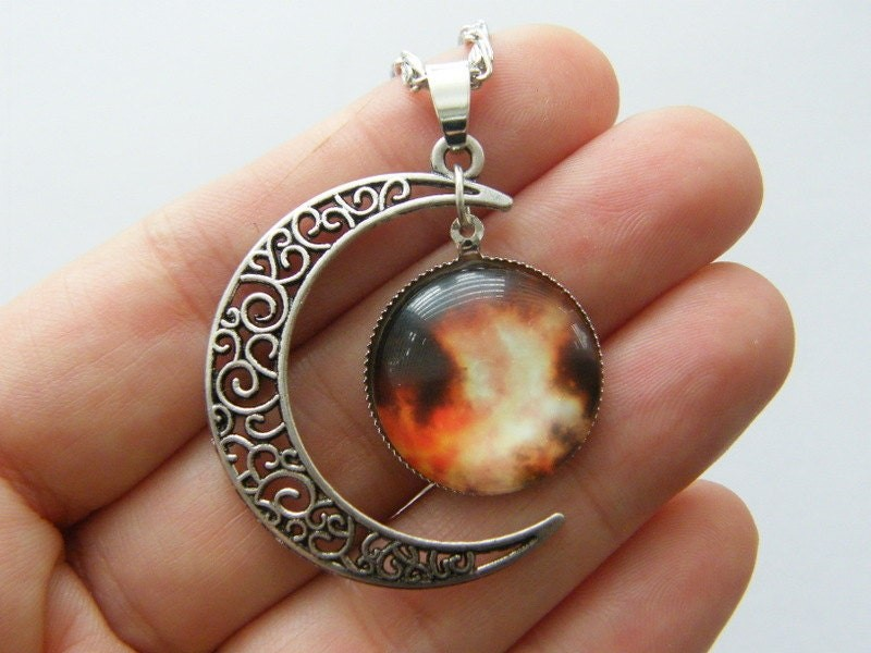 1 Moon cabochon pendant antique silver tone NB2-56
